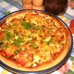 Pizza à la tomate et à l'aubergine grillée