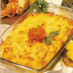 Tajine de pommes de terre au fromage et au poulet