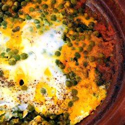 Tajine aux petits pois et œufs